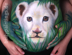 "Bellypainting ""White Lion"""